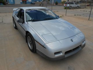 1987 Pontiac Fiero Gt Coupe 2 - Door 2.  8l photo