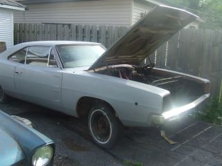 1968 Dodge Charger 383 4 Barrel Car {air Car} photo