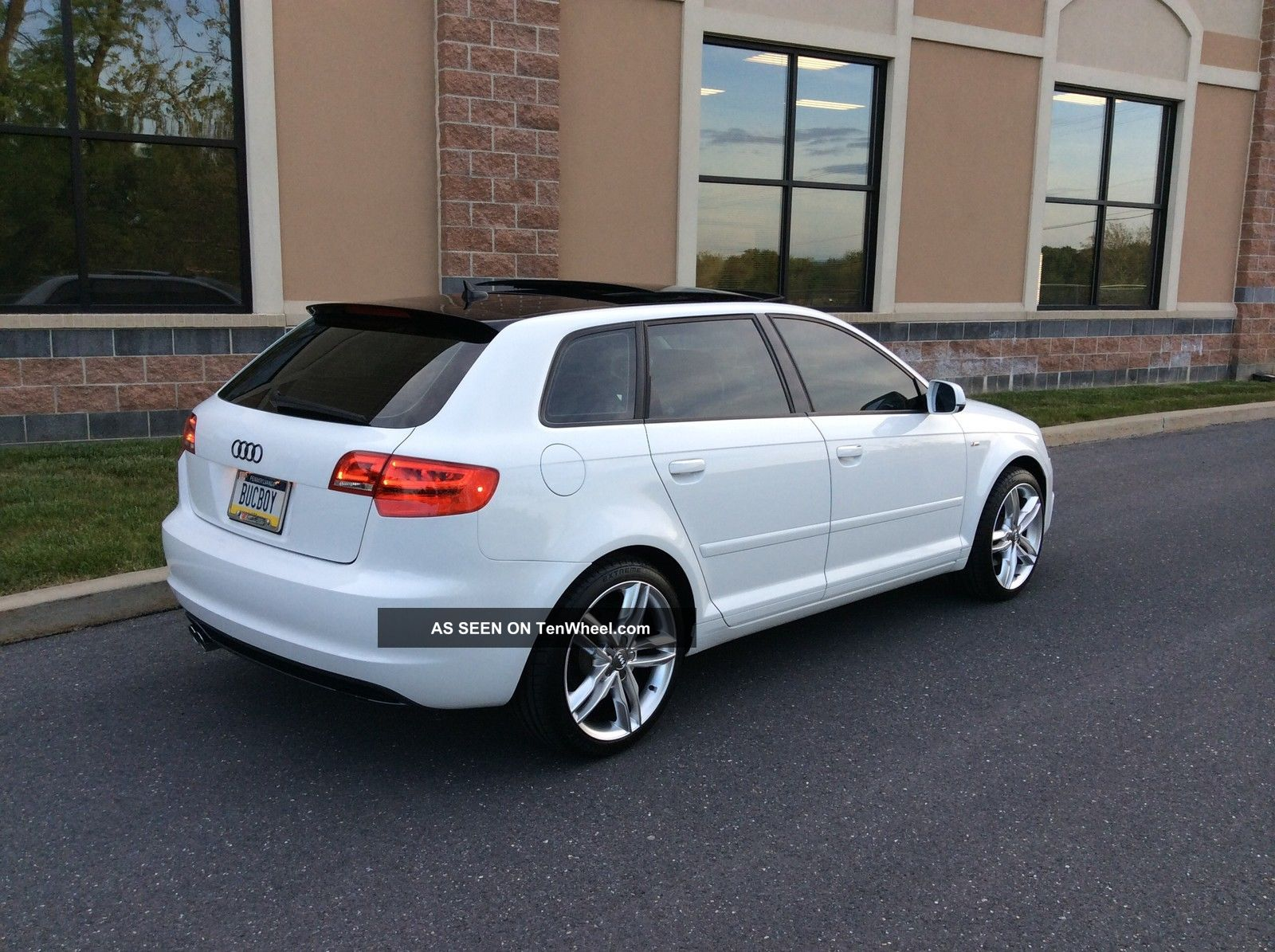 2011 audi a3 2 0t s line 6 speed 2 sets of wheels tires. Black Bedroom Furniture Sets. Home Design Ideas