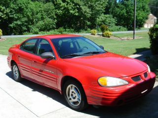 2002 Pontiac Grand Am Se Sedan 4 - Door 2.  2l photo