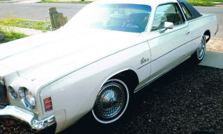 1977 Chrysler Cordoba Base Hardtop 2 - Door 6.  6l photo