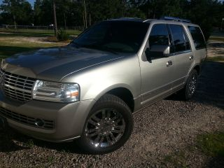 2008 Lincoln Navigator Limited Edition Loaded photo