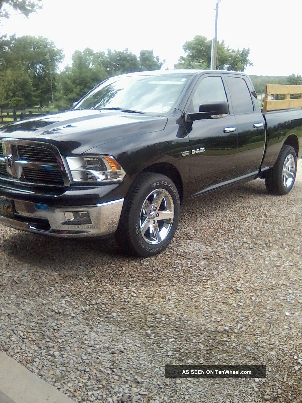 2010 dodge ram 1500 quad cab big horn 5 7 hemi 4x4. Black Bedroom Furniture Sets. Home Design Ideas