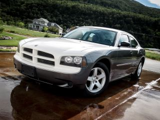 2009 Dodge Charger 3.  5l High Output V6 - Custom Paint - Spotless - photo