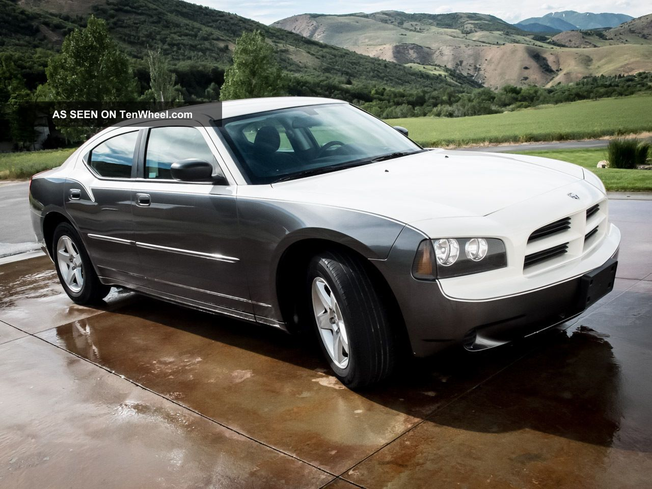 2009 dodge charger 3 5l high output v6 custom paint spotless. Black Bedroom Furniture Sets. Home Design Ideas