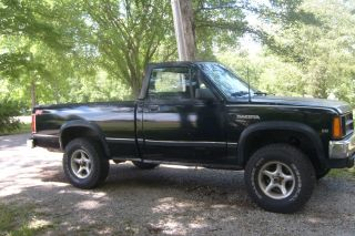 1989 Dodge Dakota Sport Convertible Pickup photo