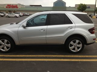 2009 Mercedes - Benz Ml350,  4matic,  Silver / Black photo