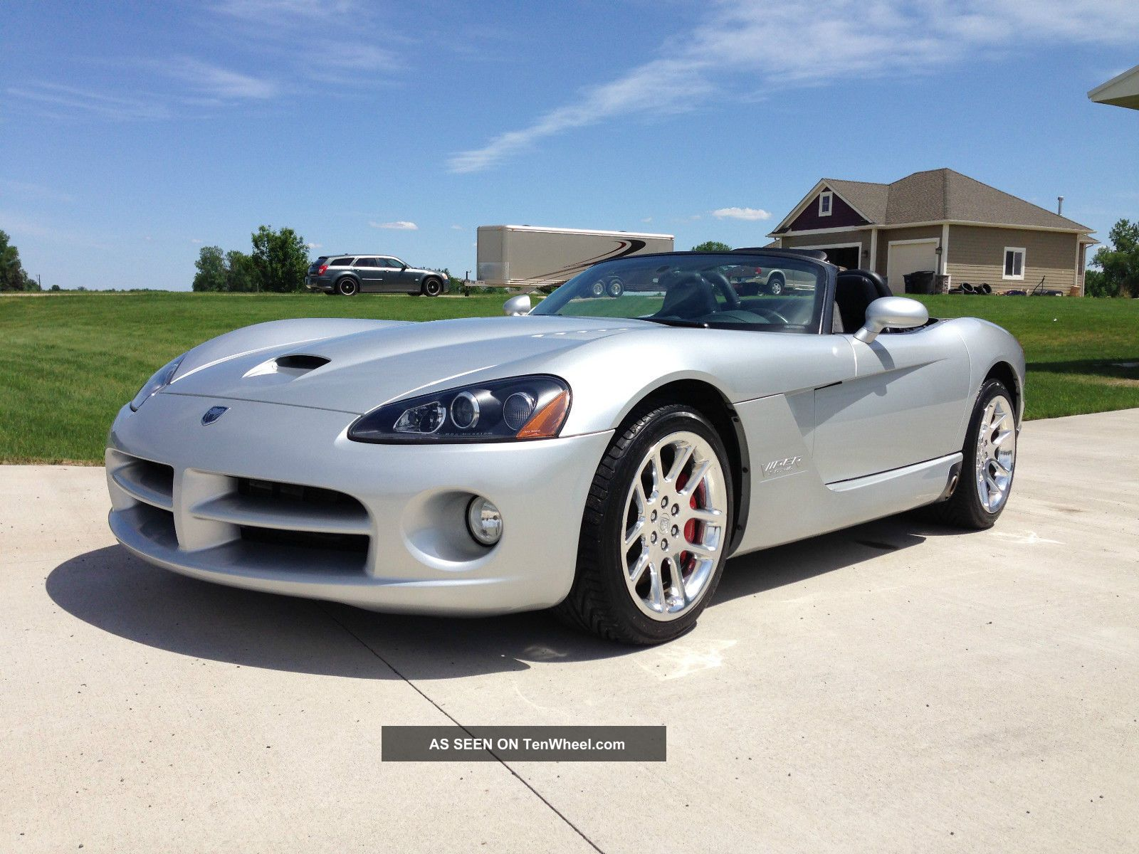 2003 Dodge Viper Srt - 10 Convertible 2 - Door 8.  3l Viper photo