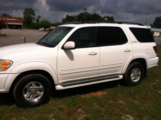 2002 Toyota Sequoia Limited photo