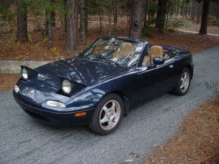 1997 Mazda Miata Convertible Sto photo