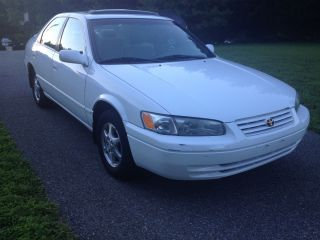 1998 Toyota Camry Le Sedan 4 - Door 2.  2l - Excellent Car - photo
