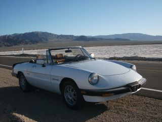 1989 Alfa Romeo Spider Veloce Convertible - California Car,  Shape photo