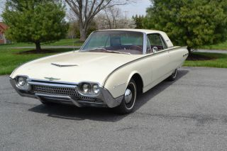1962 Ford Thunderbird White With Red Interior photo