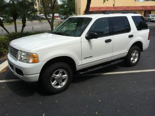 2005 Ford Explorer Xlt Sport Sport Utility 4 - Door 4.  0l photo