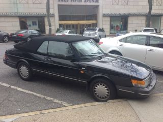 1992 Saab 900 S Convertible 2 - Door 2.  1l photo