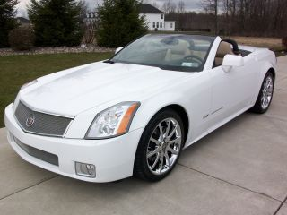 2008 Alpine White Xlr - V W / Cashmere Interior photo