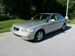 1996 Acura Tl Base Sedan 4 - Door 2.  5l photo