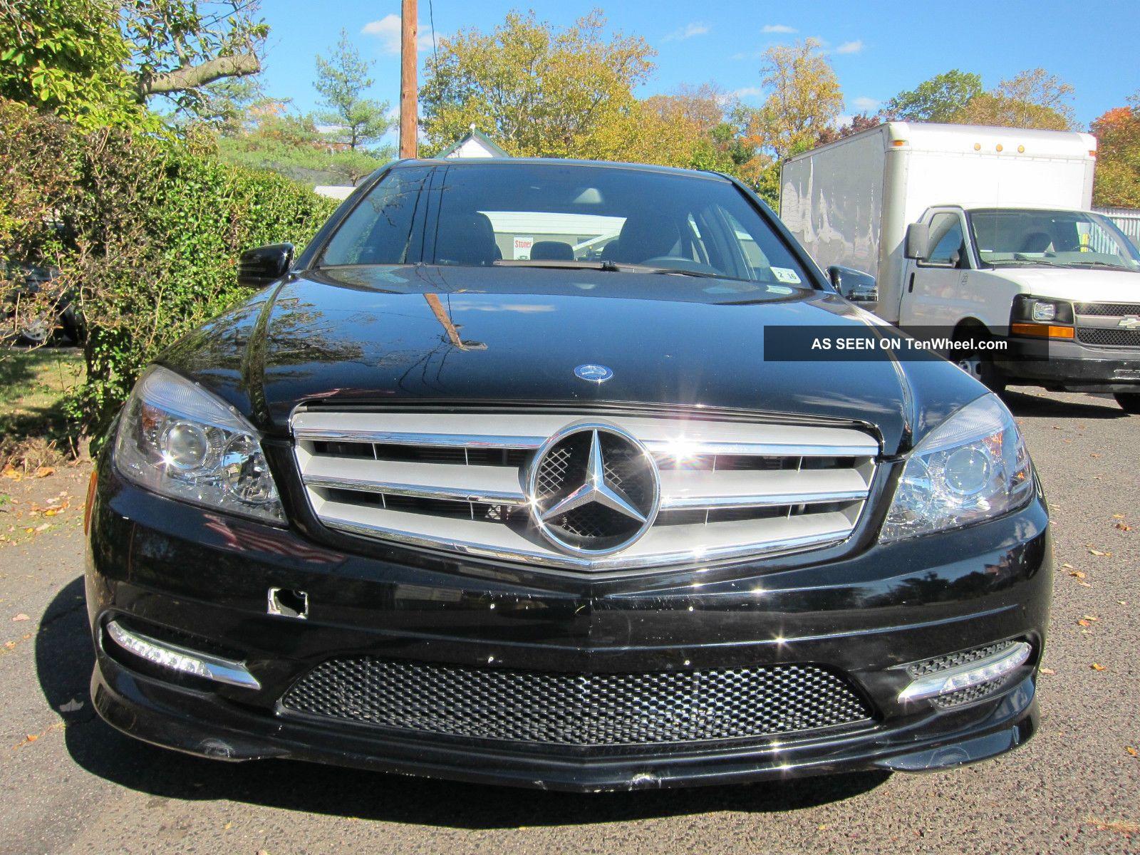 Mercedes benz c300 4matic 2011 black for Mercedes benz c300 2011