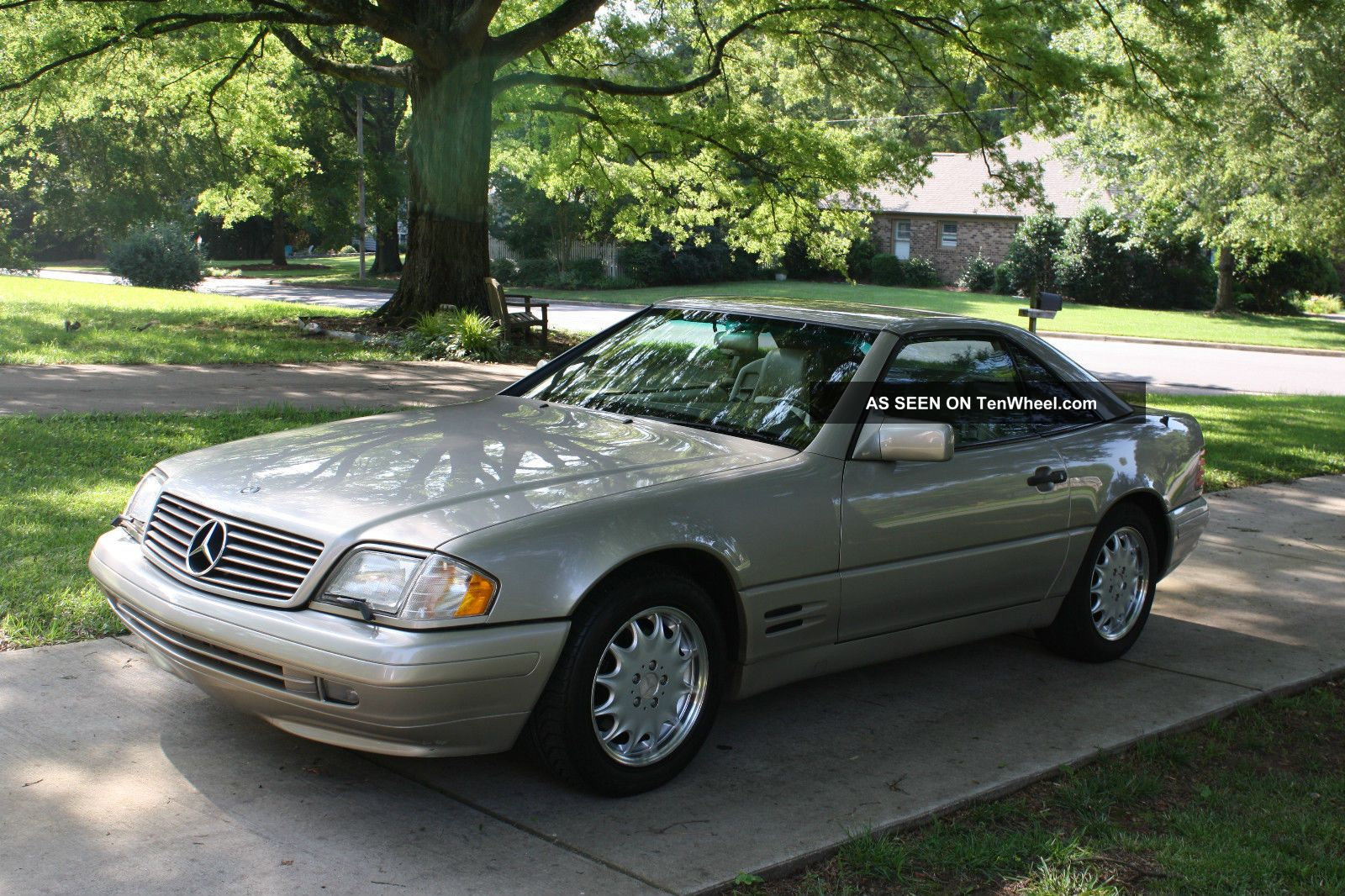 1996 Mercedes Benz Sl500,  Top Stand,  Covers,  K - Band Radar,  Hands, SL-Class photo