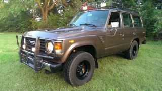 1985 Toyota Land Cruiser Base Sport Utility 4 - Door 4.  2l photo