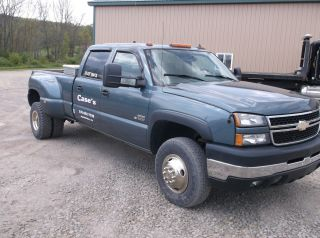 2006 Chevrolet 3500 4x4 Dually Crewcab Diesel Auto photo