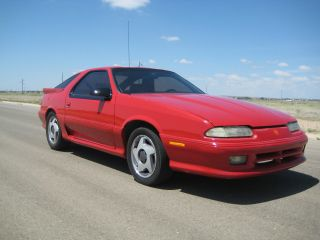 1992 Dodge Daytona Iroc Shelby,  2.  5 Turbo,  5 Speed photo