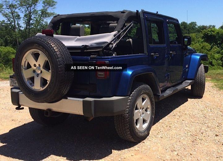 Great Conditon 4 Door Jeep Wrangler 2009 Sahara Unlimited