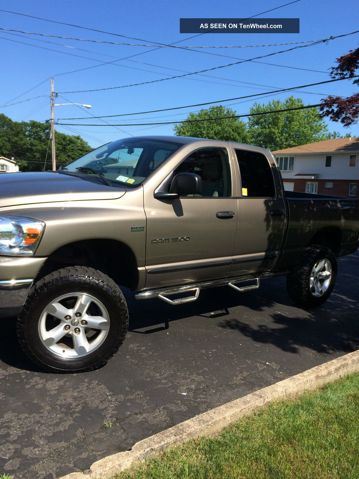 2007 dodge ram 1500 trx4 crew cab pickup 4 door 5 7l. Black Bedroom Furniture Sets. Home Design Ideas