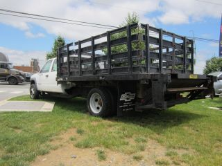 2001 Chevy 3500hd Cab / Chassis Post Bed Crew Cab 4 - Door photo