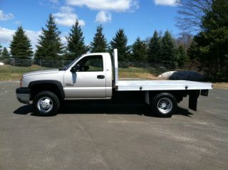2005 Chevrolet Silverado 3500 Dually Flatbed Duramax Diesel 4x4 Allison Trans photo