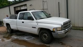 Good Work Truck 2001 Dodge Ram 2500 Diesel Inline 6 Cummins photo