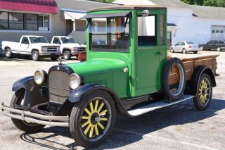 1924 Dodge Brothers 1 1 / 2 Ton Pick Up photo