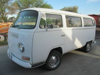 1968 Vw Bus photo