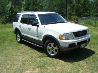 2002 Ford Explorer Xlt V6 photo