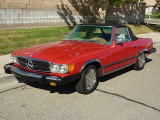 1975 Red 450 Sl Covertible Roadster photo