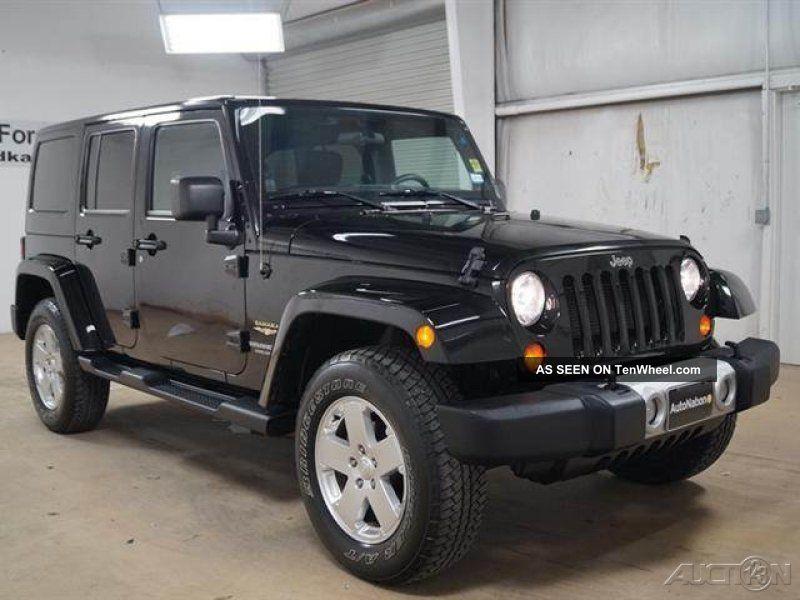 2012 jeep wrangler unlimited sahara four wheel drive 3 6l. Black Bedroom Furniture Sets. Home Design Ideas