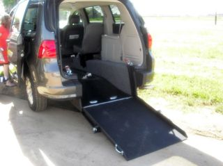 2010 Wheelchair Handicap Wheelchair Van Rear Entry Carry Two Wheelchairs,  Sit 4 photo
