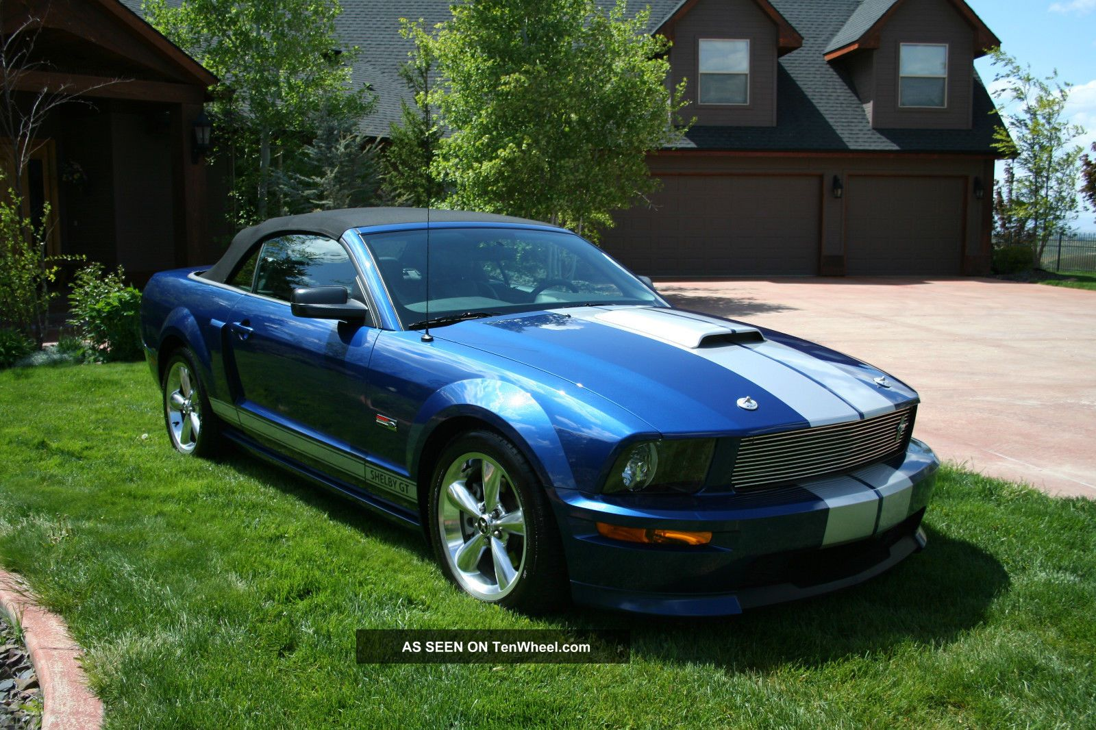 http://tenwheel.com/imgs/a/b/v/t/g/2008_ford_shelby_gt_convertible_supercharged_1_lgw.jpg