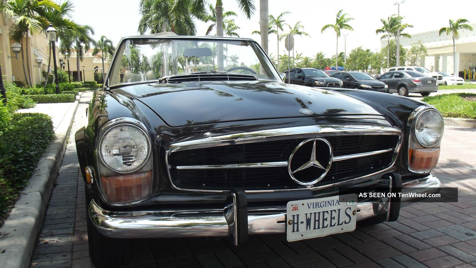 1970 Mercedes 280 Sl Tabacco Brown With Creme Interior.  Two Tops,  Ac. SL-Class photo