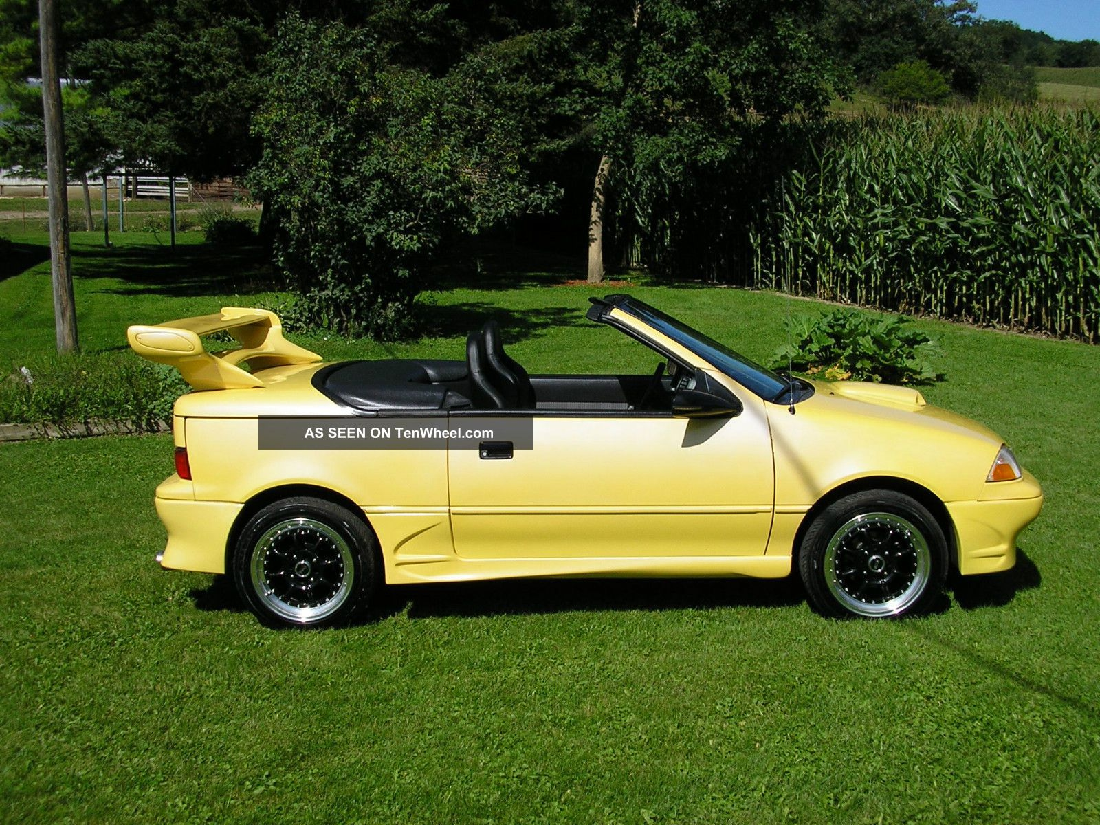 1991 Unique - One Of A Kind Geo Metro Convertible Lsi Showroom Geo photo