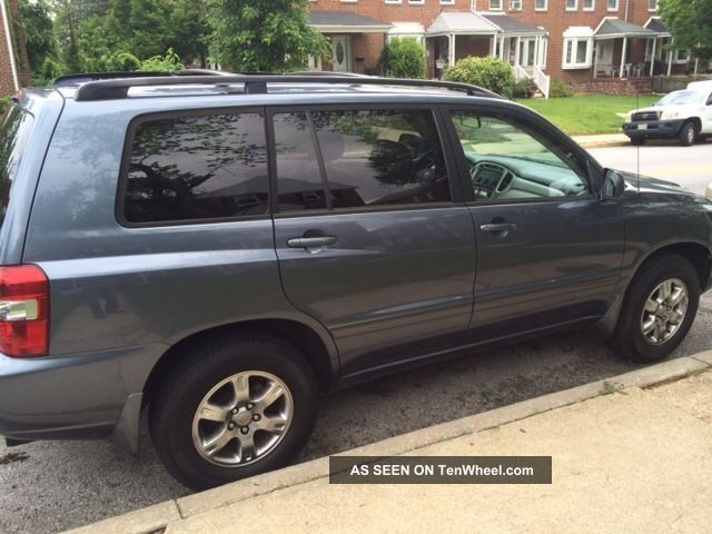 2005 toyota highlander with 3rd row seat. Black Bedroom Furniture Sets. Home Design Ideas