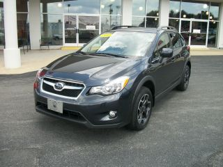 2013 Subaru Xv Crosstrek Limited Wagon 4 - Door 2.  0l,  Sunnroof,  Gorgeous photo