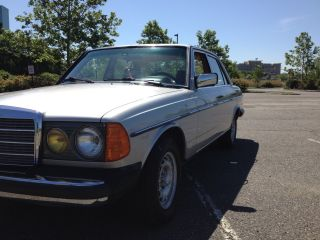 1984 Mercedes Benz 300d Turbo Diesel photo