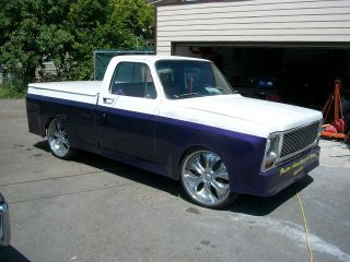1980 Custom Short Box Truck On 24s photo