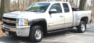 2007 Chevrolet Silverado 2500 Hd Classic Lt Extended Cab Pickup 4 - Door 8.  1l photo