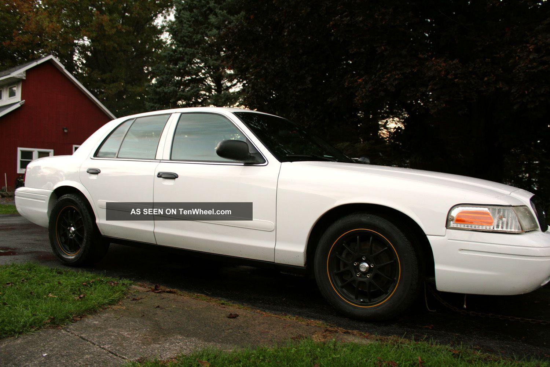 2003 ford crown victoria police interceptor sedan 4 door 4 6l turbo. Black Bedroom Furniture Sets. Home Design Ideas