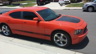2008 Dodge Charger R / T Daytona - Hemi Orange Pearl photo