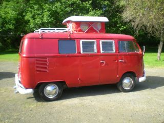 1967 Volkswagen Camper Bus. photo