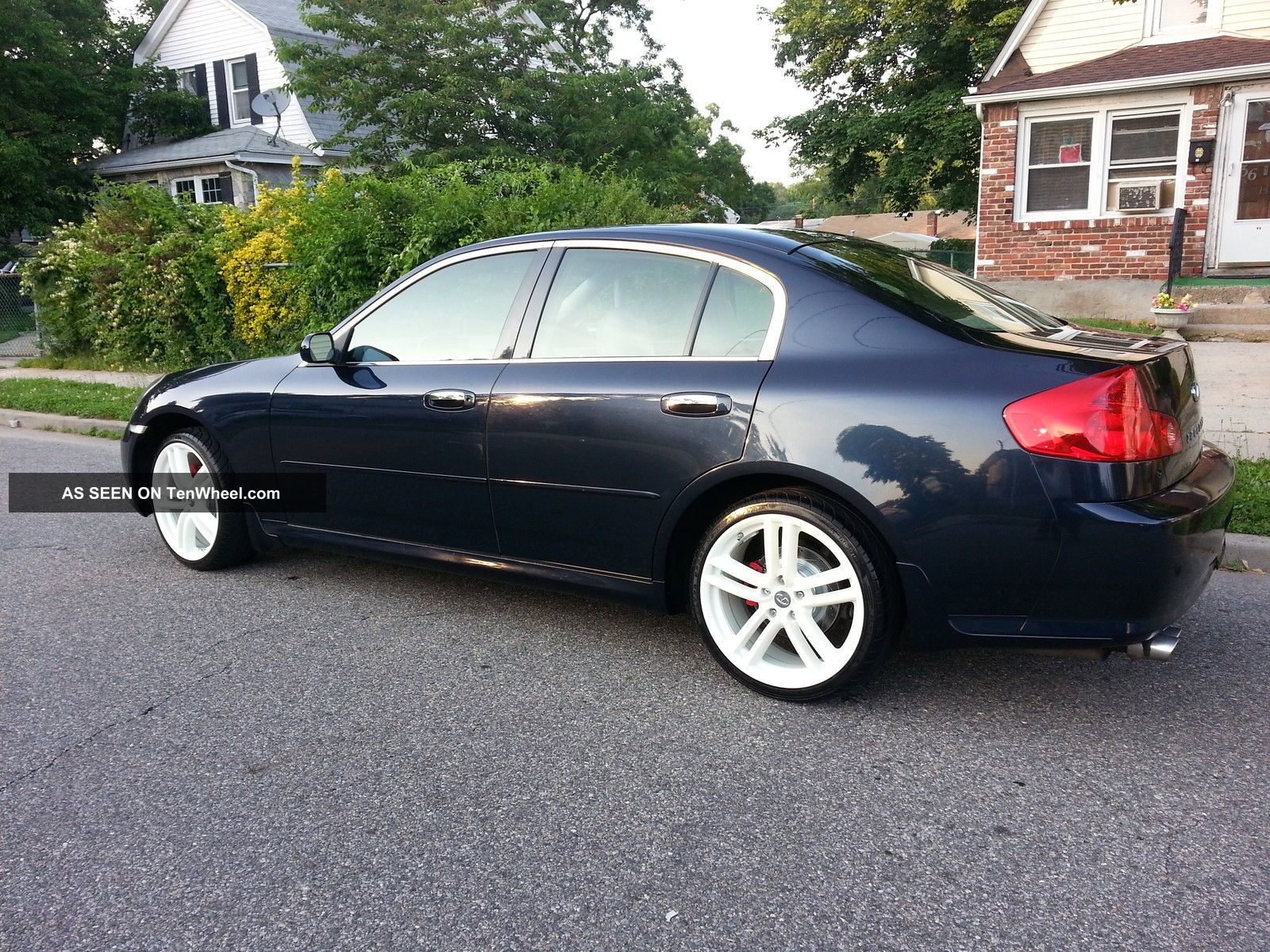 2005 g35x awd sedan 4dr metalic blue on gray. Black Bedroom Furniture Sets. Home Design Ideas