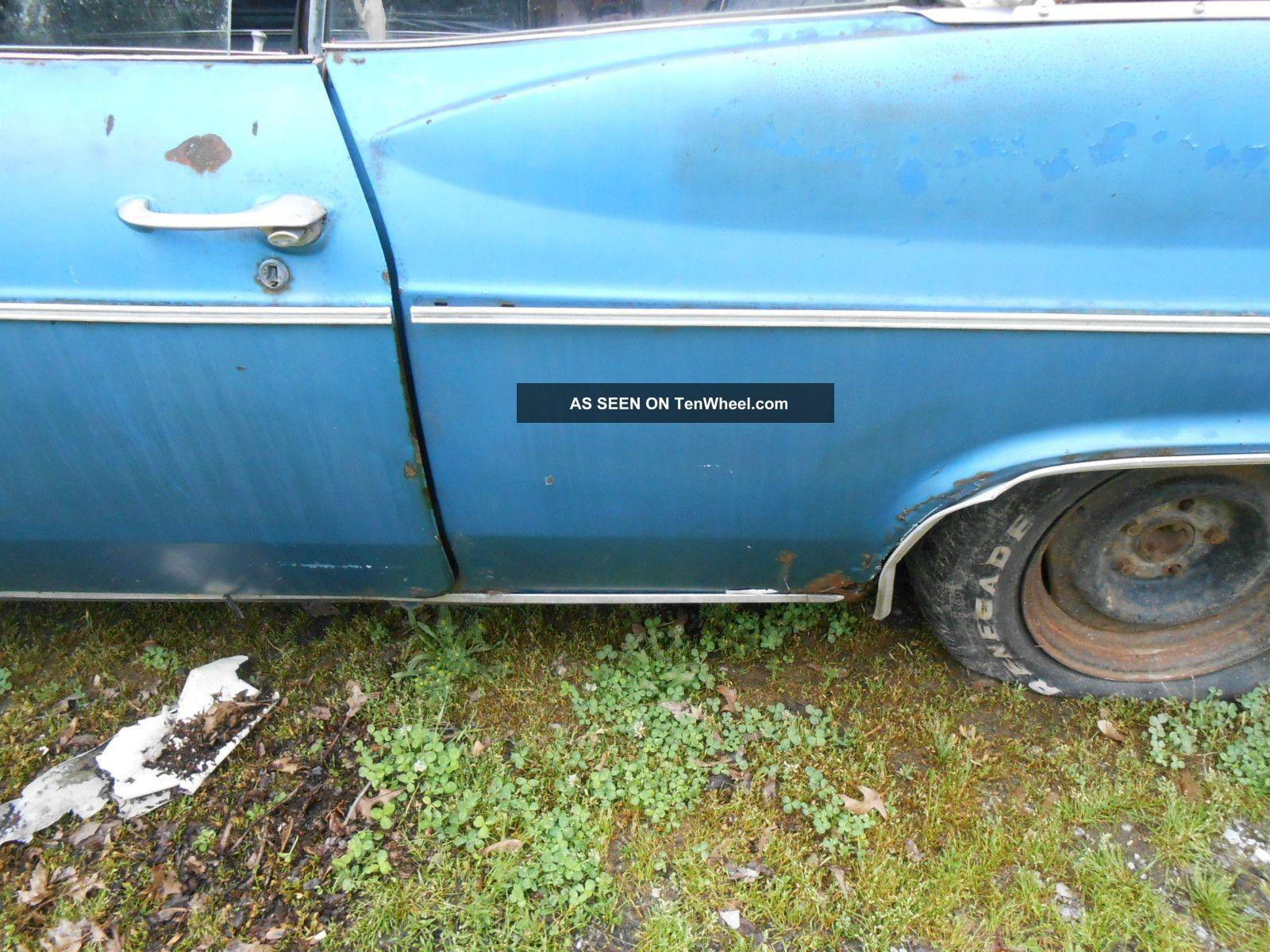 1966 Chevy Impala Convertible Photo 9